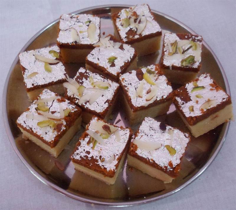 Khuwa Chocolate Barfi (1 Kg) (SWBRJ001)