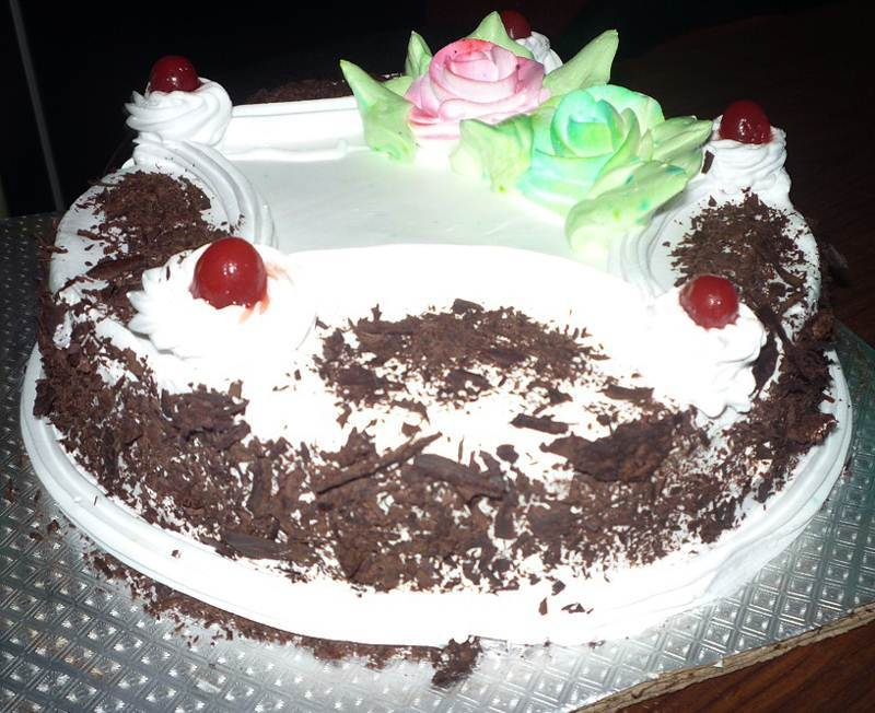 Eggless Black Forest Cake (1 Lbs) from Hamro Bakery (CHT013)