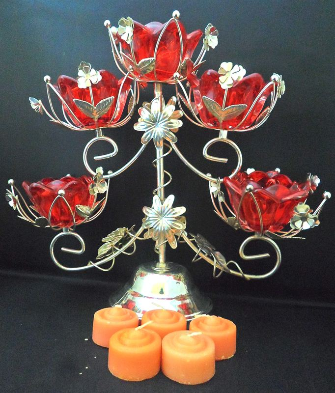 Traditional Metal Flower Candle Stand(10x11 inch)