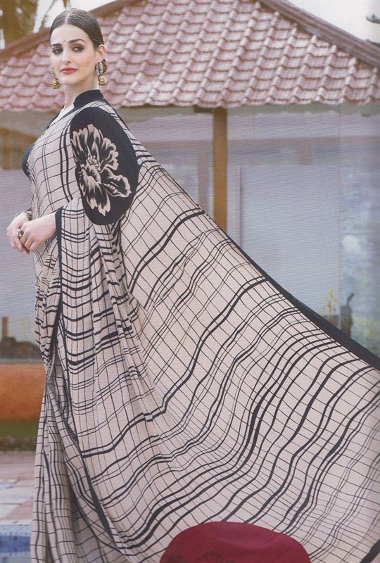Italian Printed Silk Saree With Matching Blouse Piece