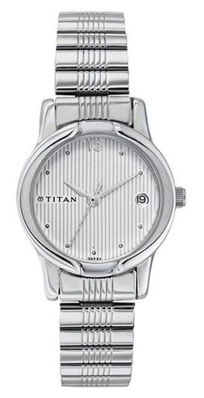 Titan 2490SM02 Women's Watch