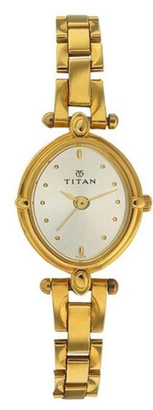 Titan 2419YM02 Women's Watch