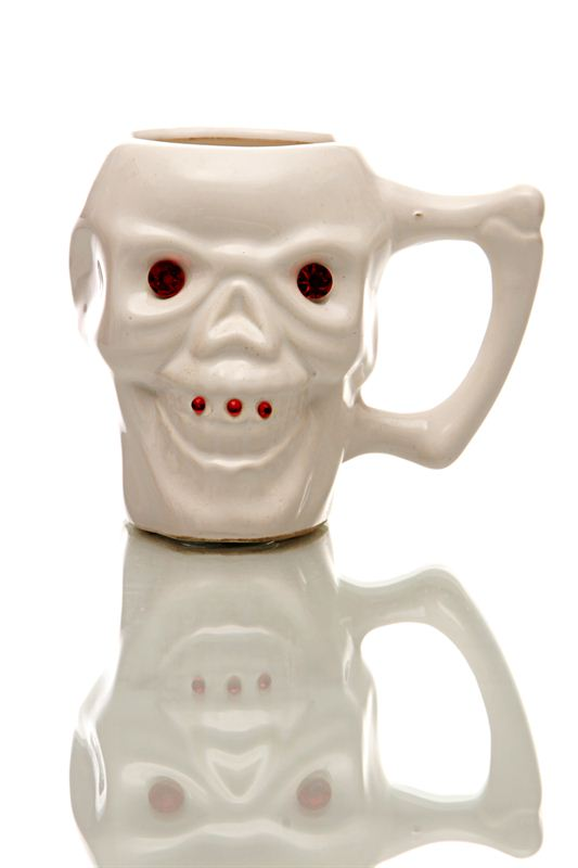Skull Designed White Ceramic Mug (Qty 1)