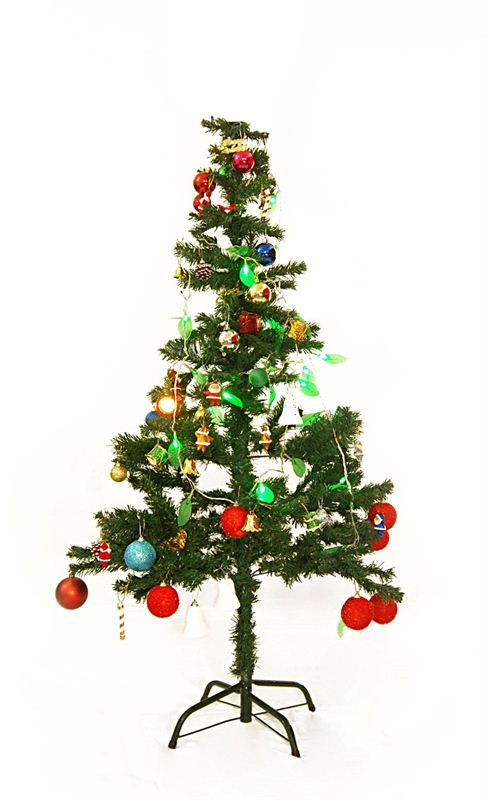 Artificial Christmas Tree (7 Feet)