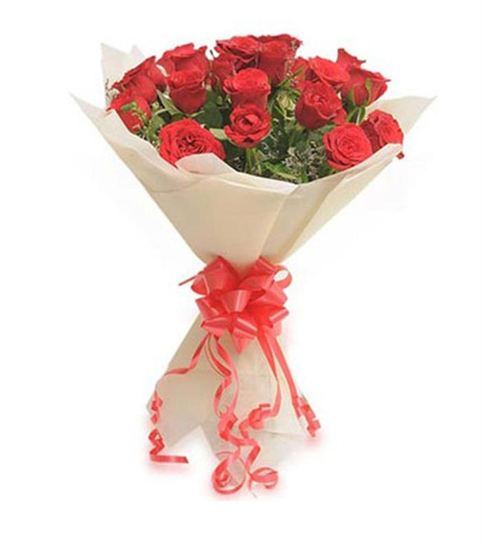 20 Red Roses with Non Woven Paper Packing by FNP