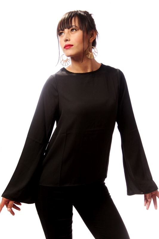 Fluted Sleeve Top (Black)