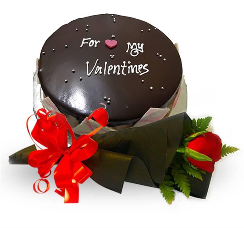 Red Velvet Rose by Bodhi Brikshya & Valentine's Choco Mocca Cake from Chef's