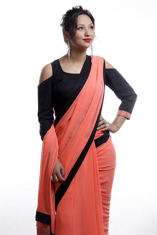 Plain Peach saree with border