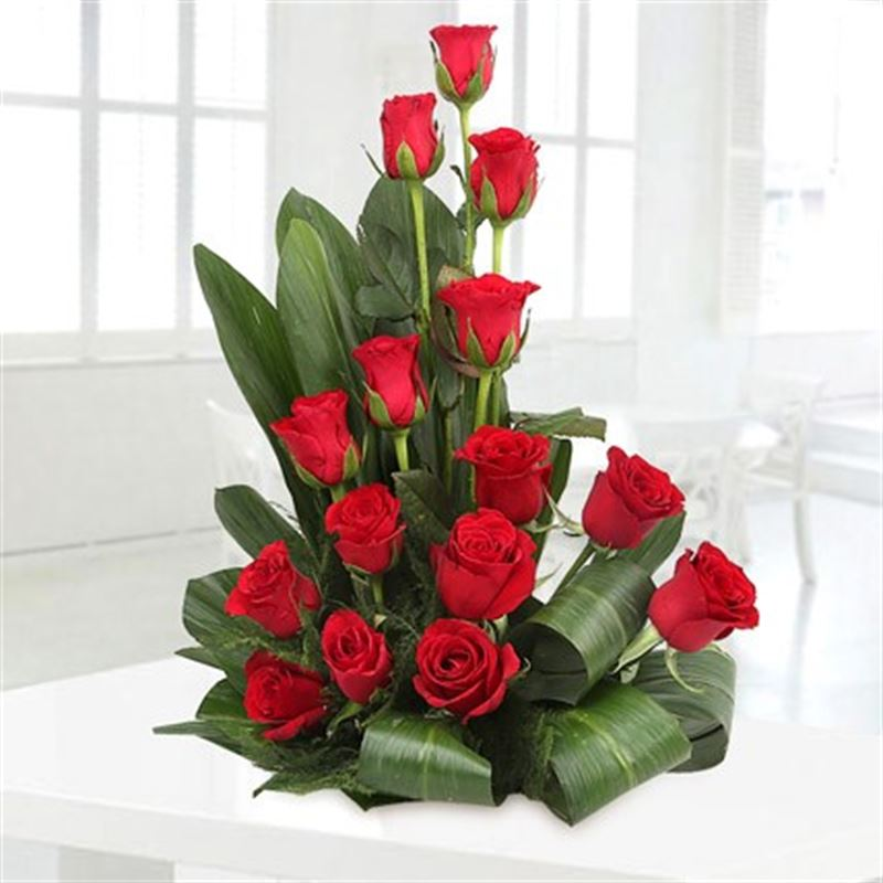 15 Red Roses in a Basket by FNP
