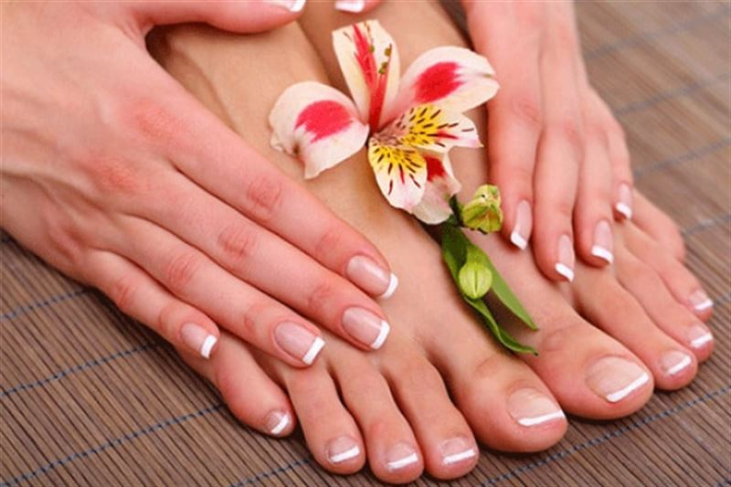 Sizzling Summer Tip Toes - 3 times Manicure & Pedicure Package