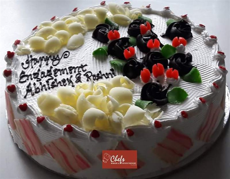 Special White Forest (2 kg) for Engagement from Chefs Bakery