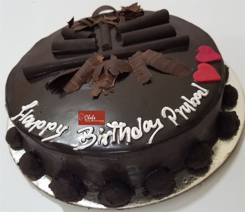 Loaded Chocolate Cake (1 kg) from Chefs Bakery
