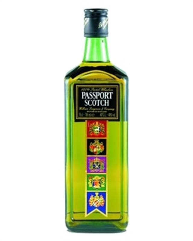 Passport Scotch Whisky (1L)