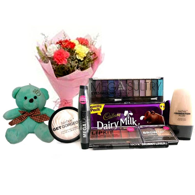 Valentines Technic Makeup Package 1 with Teddy and Carnations