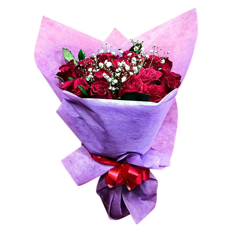10 Red Roses with Baby's Breath Flowers in Soft Paper Packing